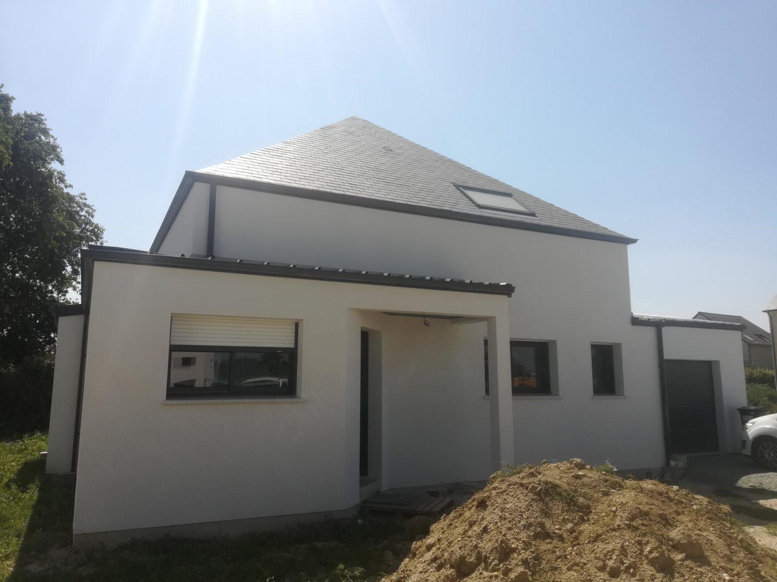 maison etage comble toiture ardoise la dagueniere
