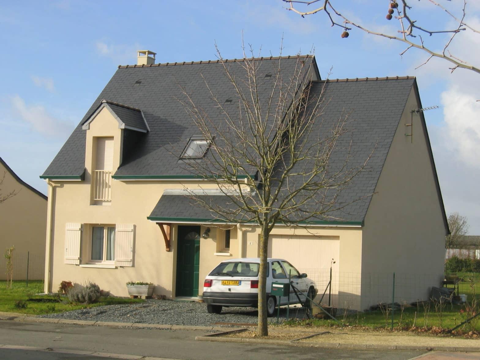 maison etage comble toiture ardoise montreuil-juigné 49460