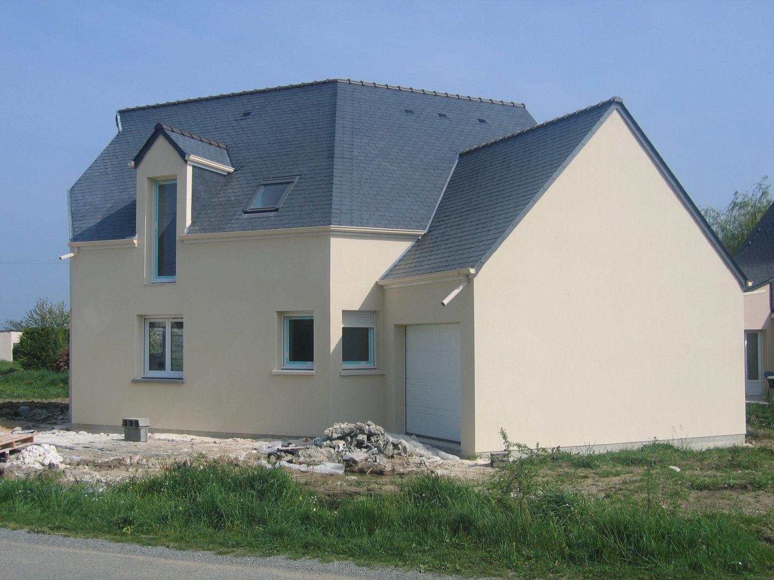 maison etage comble toiture ardoise saint mathurin sur loire 49250
