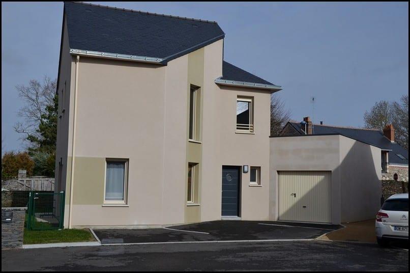 maison etage r+ 1 toiture ardoise denee 49190