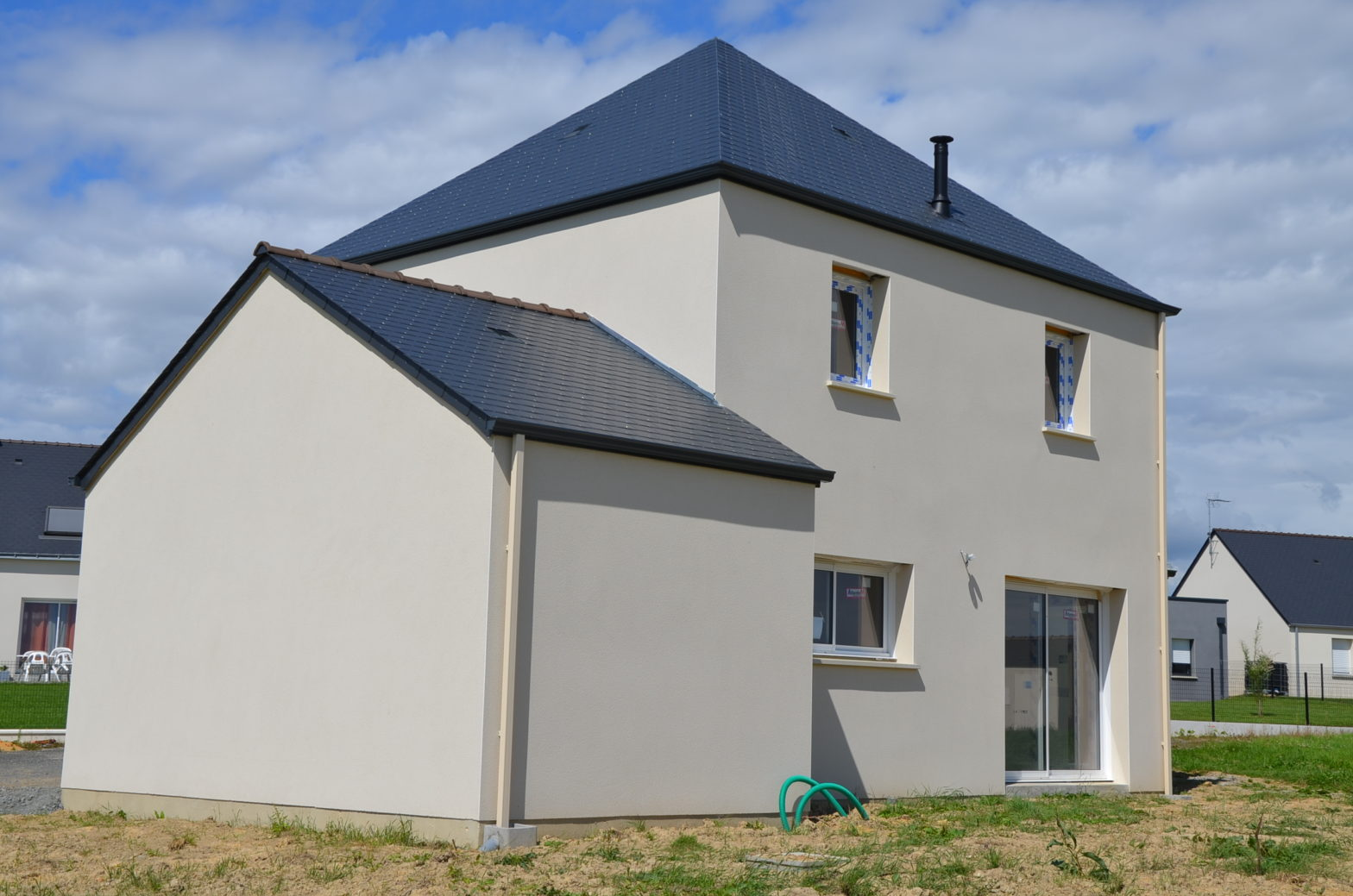 maison etage r+1 toit ardoise briollay 49