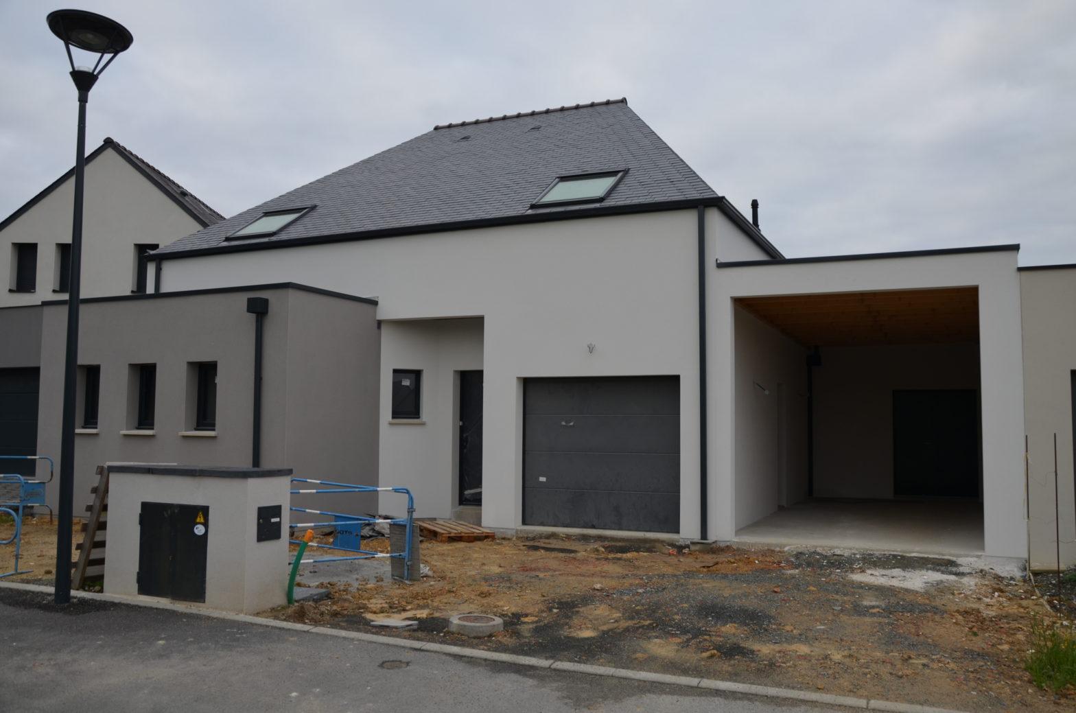 maison etage r+1 toiture ardoise tierce