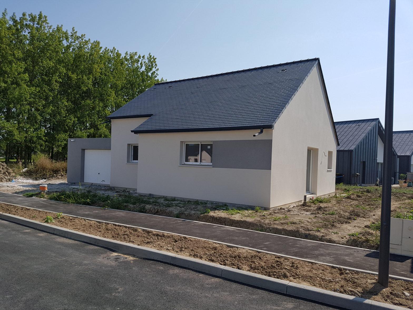 maison plain-pied toiture ardoise longué 49160