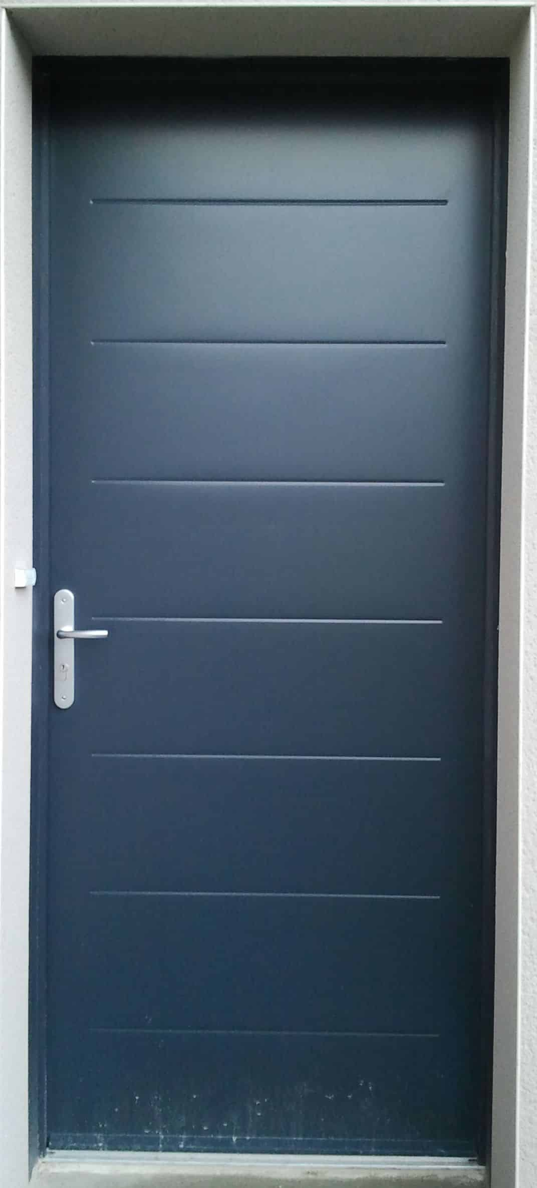 porte-entree-equation-gris-7016-49000-angers