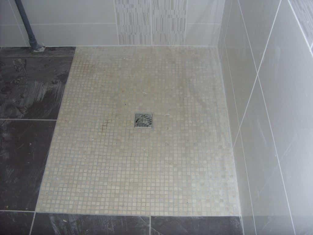 sanitaire faience douche italienne saint george sur loire 49