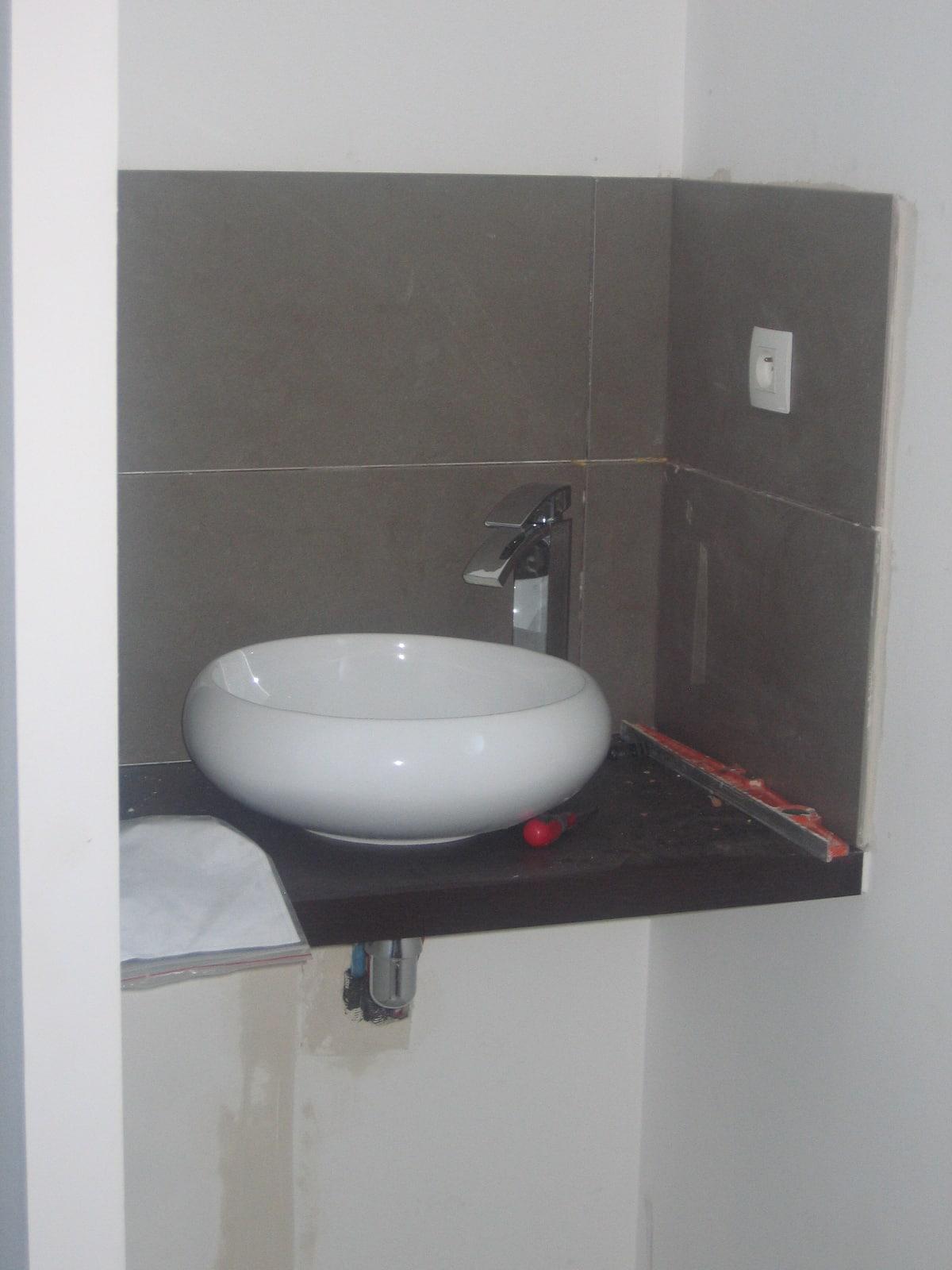 sanitaire faience evier lavabo lave main cedeo 49800 sarrigne